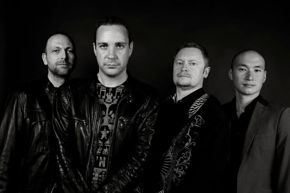 Portrait du groupe de rock Manifesto